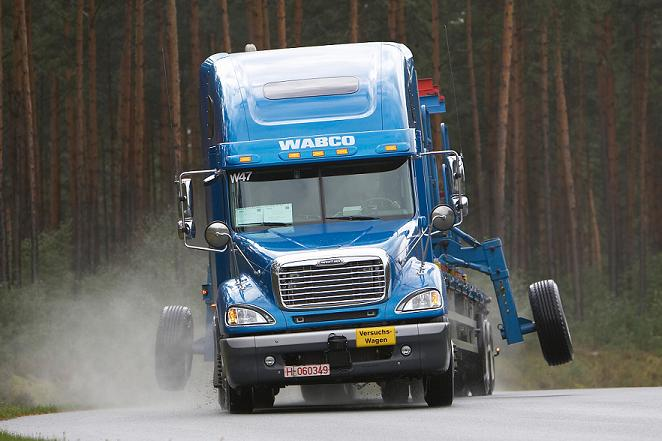 Electronic_Stability_Control_at_WABCO_Test_Track_at_Jeversen_Germany